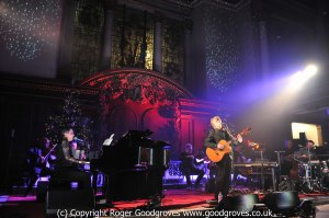 Neil Finn live at St James' Church Piccadilly