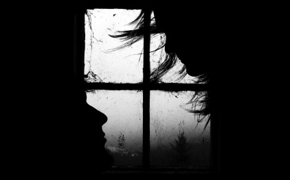 mtf9_lovers_couple_heads_by_the_window_in_the_dark-wide[1]